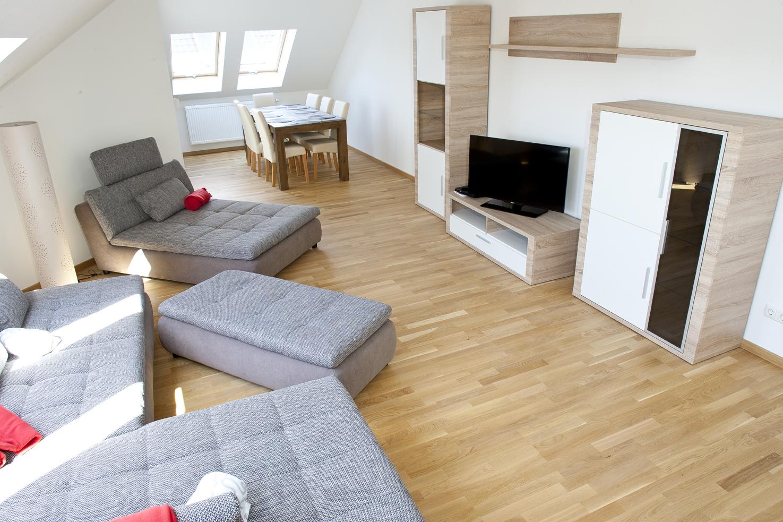 Wohnzimmer der Jugendhilfe in der Villa Kosmos im bbw Südhessen
