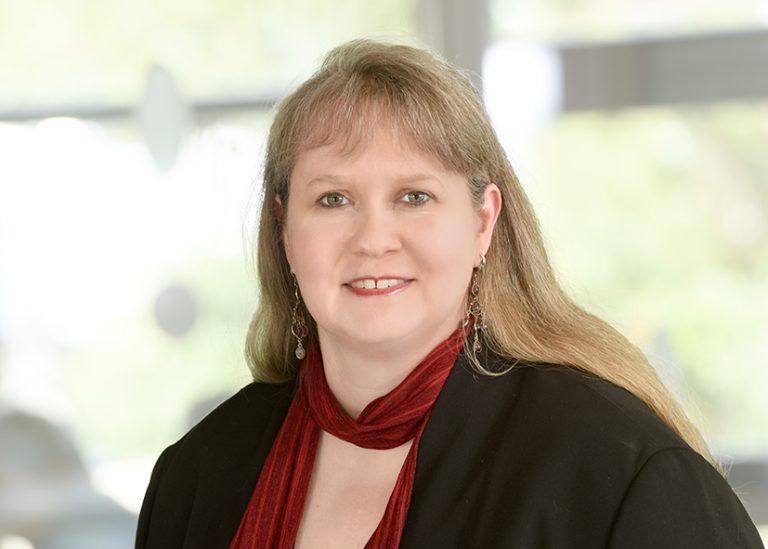 Dr. Sabine Tomm